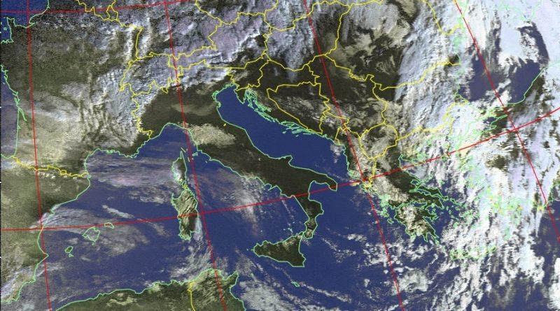 Venti occidentali in intensificazione dalle prossime ore, peggiora sul settore occidentale ma da lunedì pomeriggio l'aria fredda in arrivo favorirà annuvolamenti e rovesci sul settore adriatico