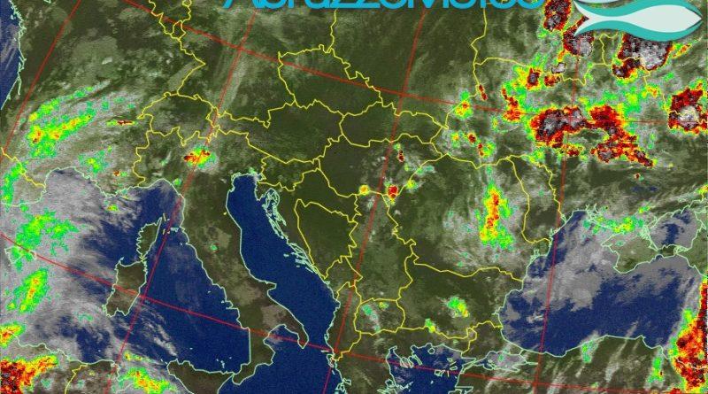 Bel tempo al mattino, instabilità pomeridiana sulle zone interne e montuose, mentre una nuova perturbazione raggiungerà la nostra regione tra domenica e lunedì
