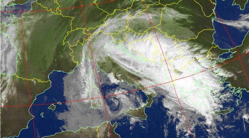La perturbazione in azione sulla nostra penisola favorirà diffusi episodi di instabilità anche sulla nostra regione con rovesci e possibilità di temporali anche di forte intensità