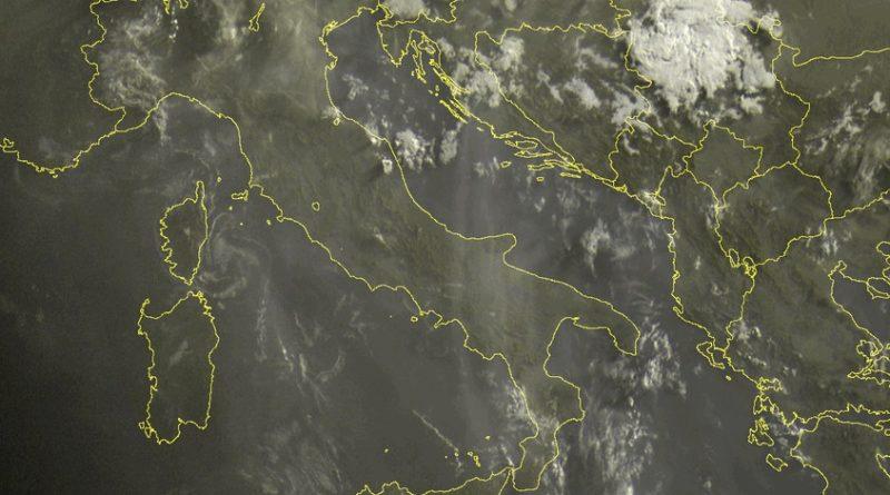 Atteso un ulteriore aumento dell'instabilità nelle prossime ore con possibilità di temporali sulle zone interne e montuose, con occasionali sconfinamenti verso il settore adriatico